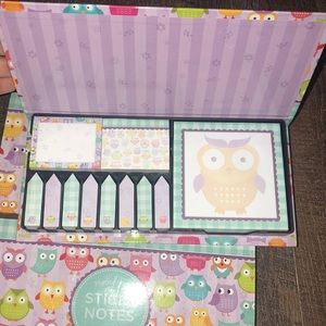 Set of 2 owl memo set stick notes!